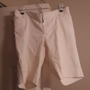 Gap Maternity Bermuda shorts
